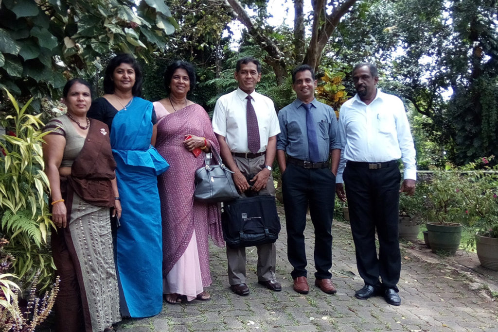 Kusum Athukorala with the Australia Awards alumni who participated in the Fellowship on ?Building Climate Change Resilience through Integrated Water Resources Management? in 2013